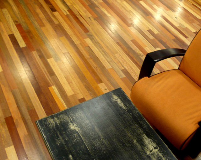 Specialty 39 s caf and bakery seattle for Reclaimed wood flooring seattle