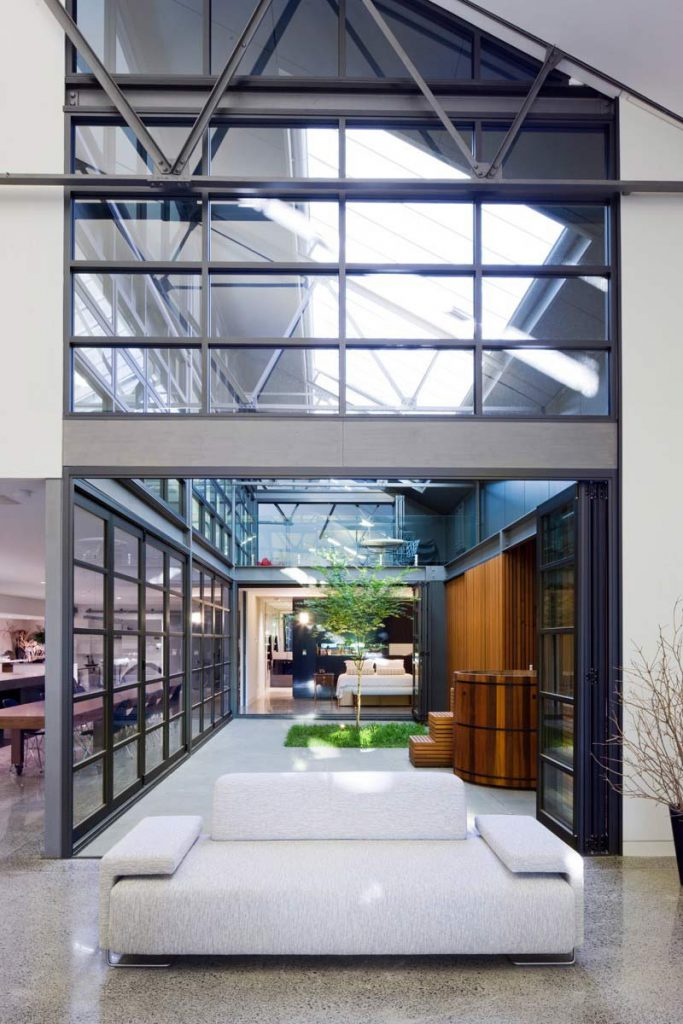 Space shows biophilic principles of thermal and airflow variability