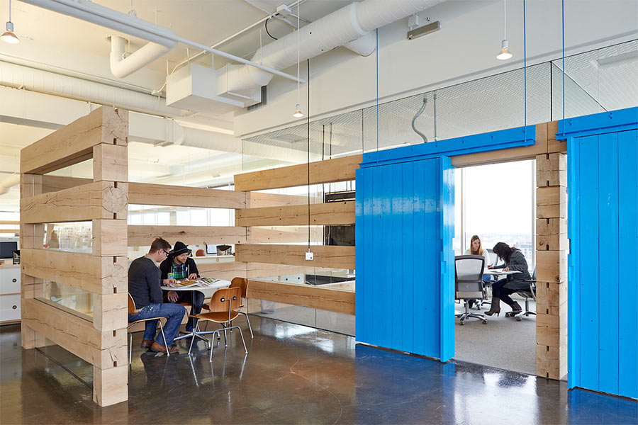 Mono II in Minneapolis encourages flow between workspaces