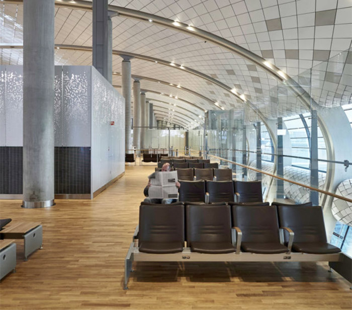 Recycled wood and steel are used through Oslo Airport