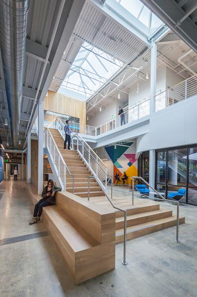 Daylight and wood improve indoor environment at Middlefield Campus