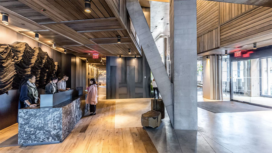 1 Hotel lobby uses reclaimed wood from the Domino Sugar Factory