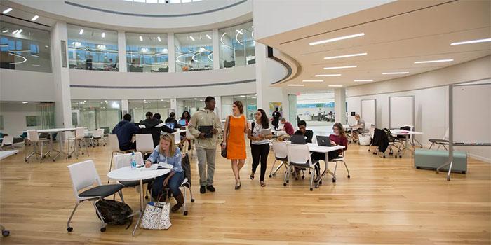 Bryant University's Academic Innovation Center